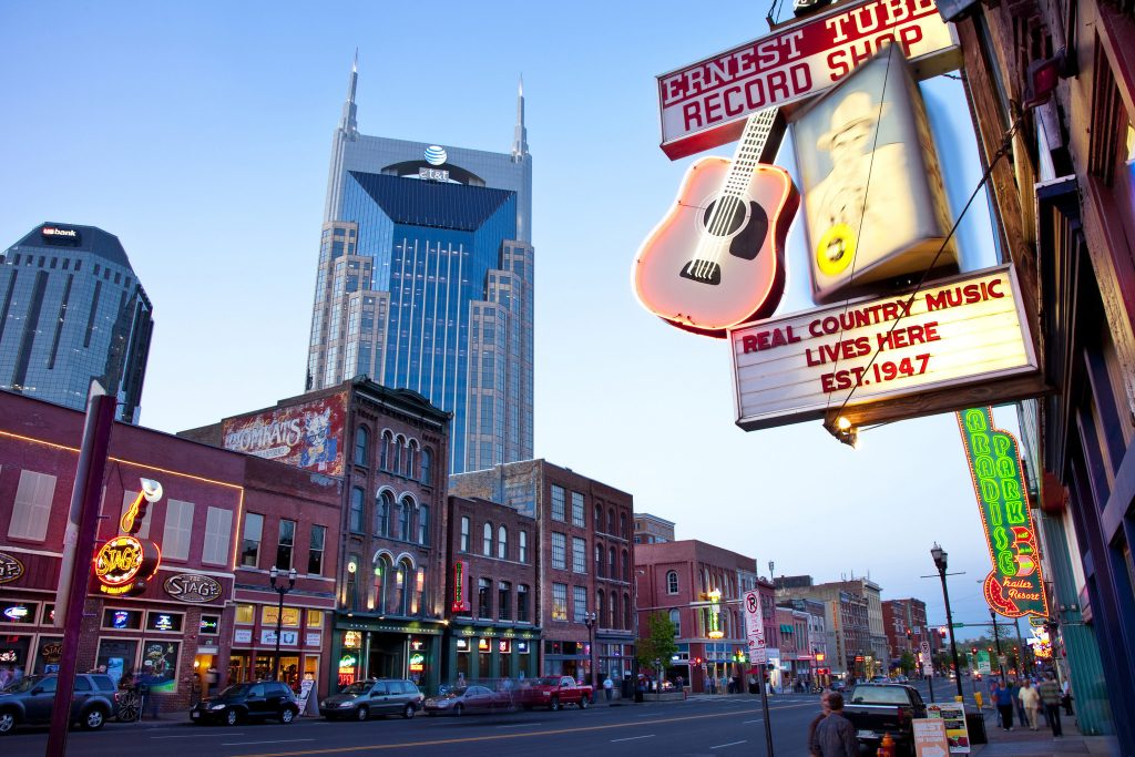 NASHVILLE, TN: The AT&T building towers over historic music-rich buildings of lower Broadway in Nashville, Tennessee, USA. ** OUTS - ELSENT, FPG - OUTS * NM, PH, VA if sourced by CT, LA or MoD **