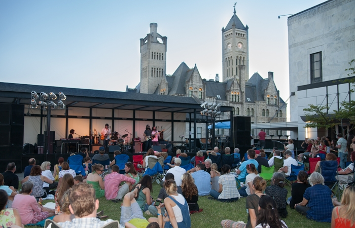 A little music, a little culture, all can be yours on Frist Fridays.