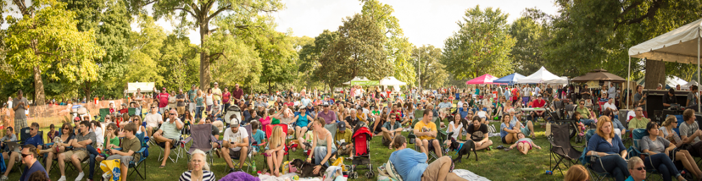 Centennial Park plays host to Musicians Corner, a great way to see high-quality entertainment for free.