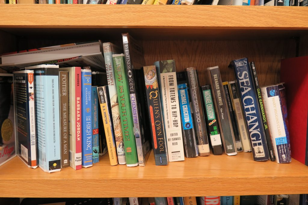 Photo of bookshelf at Woodland Hills detention center