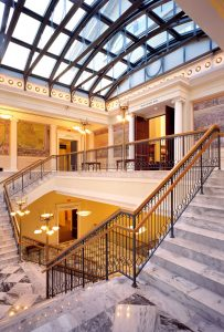 Photo of Nashville Public Library foyer by Robert A.M. Stern Architects